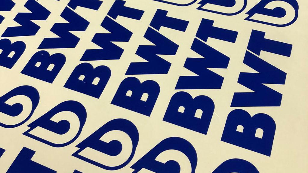 BWT-Klebeschrift