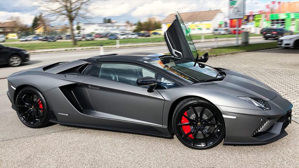 Lamborghini-Aventador-Steinschlagschutz