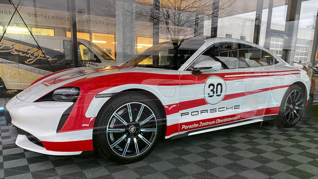 Porsche-Taycan-Designfolierung